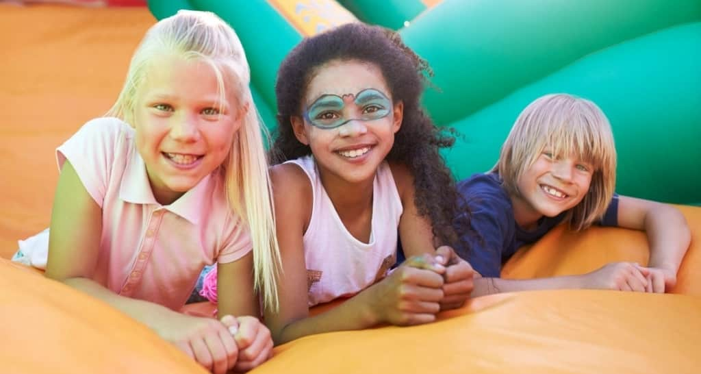 Parents Guide To Host Safe Bounce Rental Party For Kids
